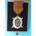 DOK IV. - III. stupeň  pro čestné členy 2. třída 1937-39 za civilní zásluhy (konklávní s prohloubením)